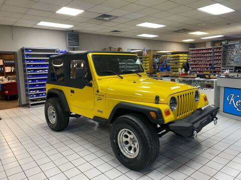 2002 Jeep Wrangler for sale at FIESTA MOTORS in Hagerstown MD