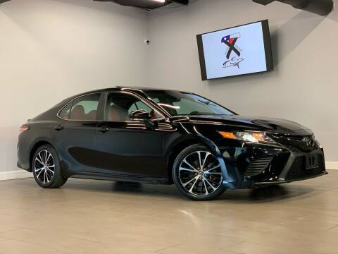 2018 Toyota Camry for sale at TX Auto Group in Houston TX