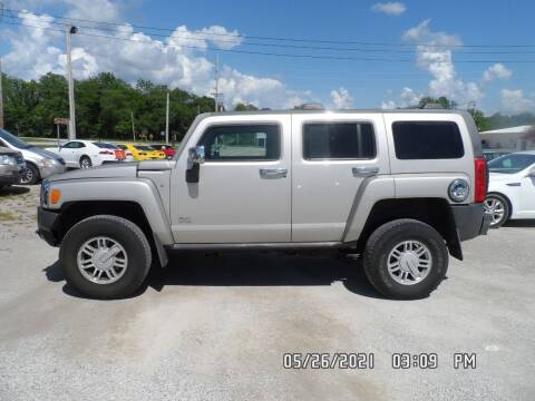 2009 HUMMER H3 for sale at Town and Country Motors in Warsaw MO