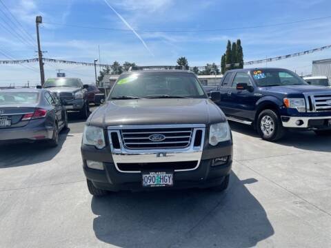 2007 Ford Explorer Sport Trac for sale at Velascos Used Car Sales in Hermiston OR