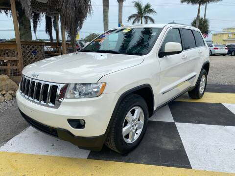 2011 Jeep Grand Cherokee for sale at D&S Auto Sales, Inc in Melbourne FL