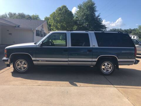 1994 Chevrolet Suburban for sale at H3 Auto Group in Huntsville TX
