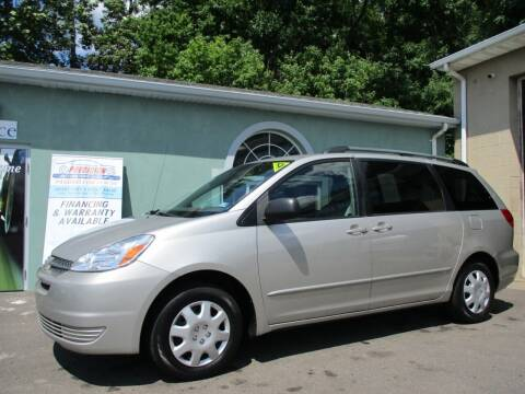 2004 Toyota Sienna for sale at Precision Automotive Group in Youngstown OH