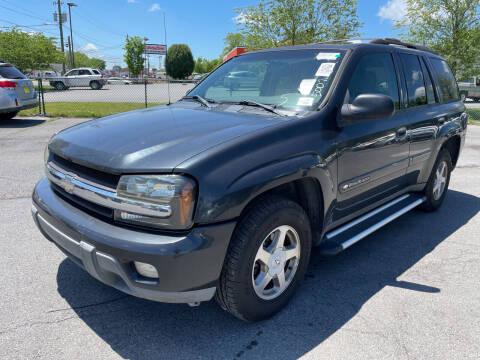 2003 Chevrolet TrailBlazer for sale at Diana Rico LLC in Dalton GA