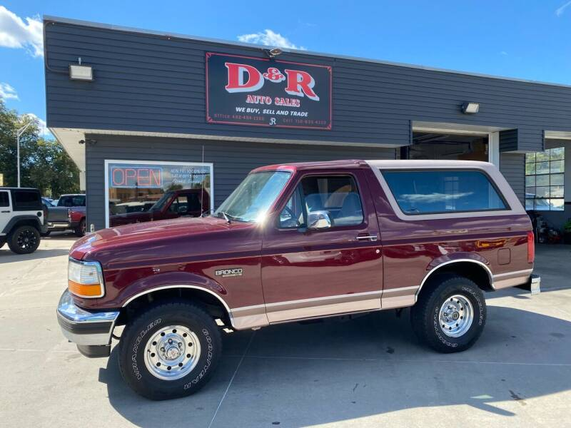 1996 Ford Bronco for sale at D & R Auto Sales in South Sioux City NE