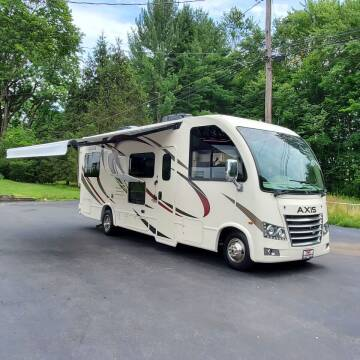 2018 Thor Industries Axis Series M-25.2 for sale at R & R AUTO SALES in Poughkeepsie NY
