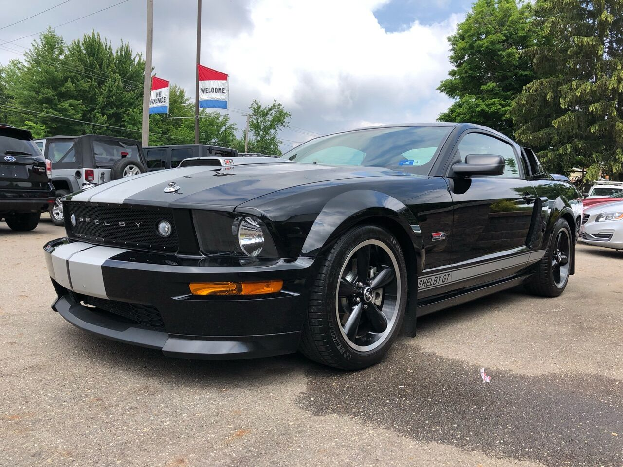 2007 Ford Mustang 2dr Car