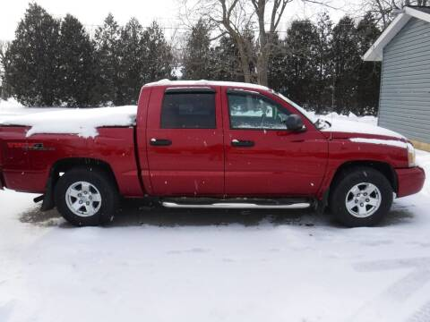 2007 Dodge Dakota for sale at Dave's Car Corner in Hartford City IN