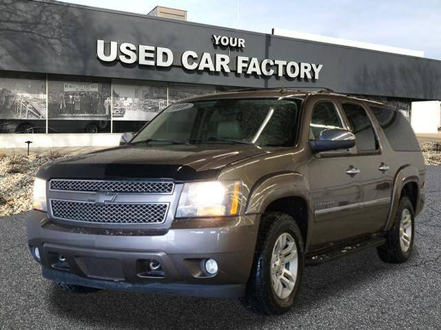 2011 Chevrolet Suburban for sale at JOELSCARZ.COM in Flushing MI