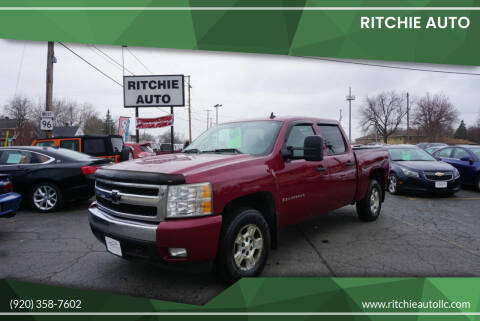2007 Chevrolet Silverado 1500 for sale at Ritchie Auto in Appleton WI