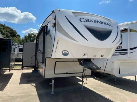 2017 Coachmen Chaparral 31RLS for sale at Buy Here Pay Here RV in Burleson TX