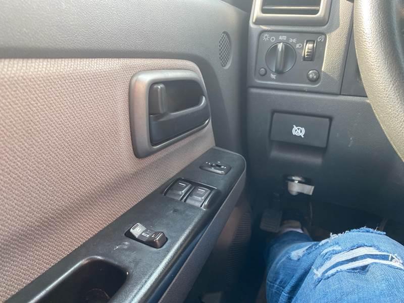 2004 Chevrolet Colorado 2dr Standard Cab Z71 4WD SB - Elizabeth NJ