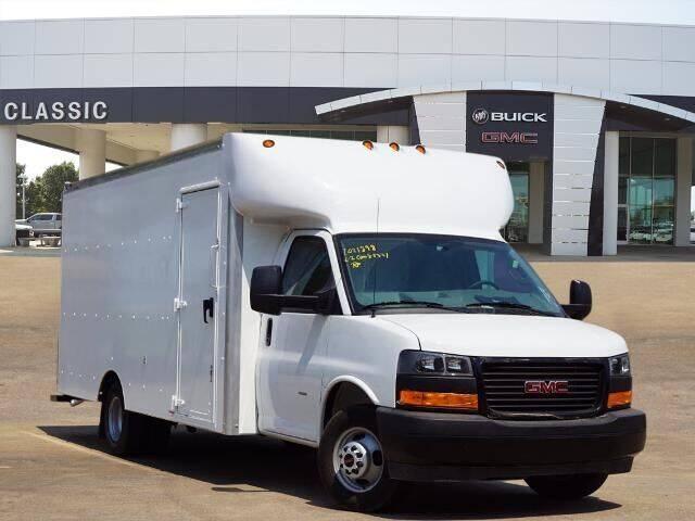 2021 GMC Savana Cargo