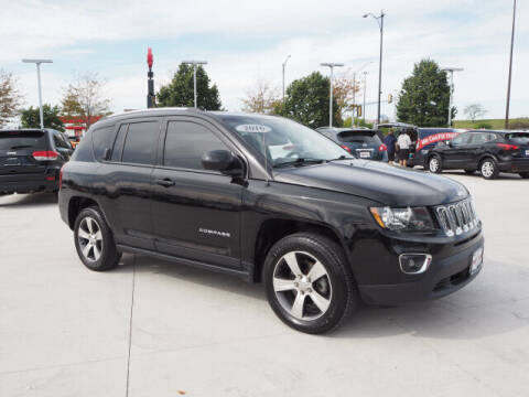 2016 Jeep Compass for sale at SIMOTES MOTORS in Minooka IL