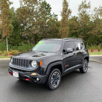 2015 Jeep Renegade for sale at CRS 1 LLC in Lakewood NJ