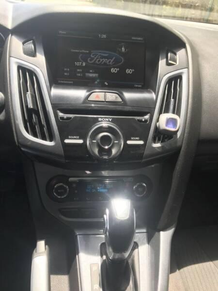 2012 Ford Focus Titanium 4dr Hatchback - Deerfield Beach FL