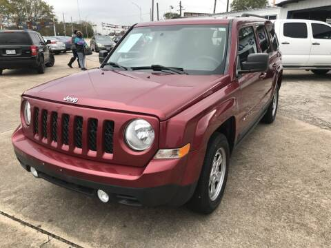 2016 Jeep Patriot for sale at AMERICAN AUTO COMPANY in Beaumont TX
