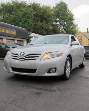 2011 Toyota Camry for sale at DRIVE TREND in Cleveland OH