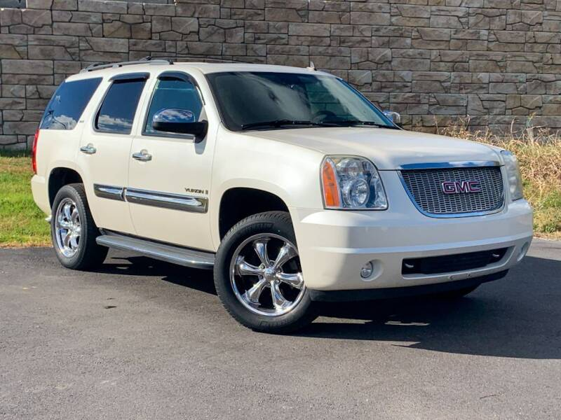 2008 GMC Yukon for sale at Car Hunters LLC in Mount Juliet TN