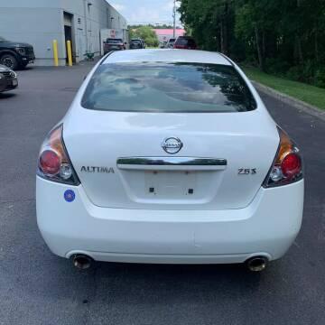 2007 Nissan Altima for sale at GLOBAL MOTOR GROUP in Newark NJ