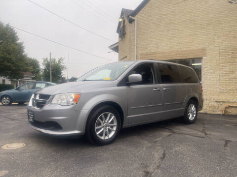 2013 Dodge Grand Caravan for sale at Strong Automotive in Watertown WI