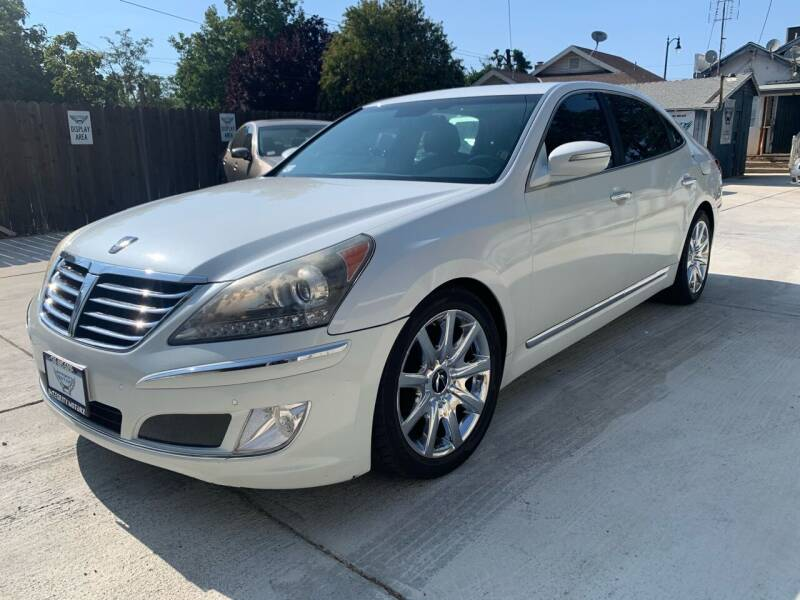2013 Hyundai Equus for sale at Integrity Motorz, LLC in Tracy CA