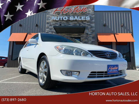 2005 Toyota Camry for sale at HORTON AUTO SALES, LLC in Linn MO