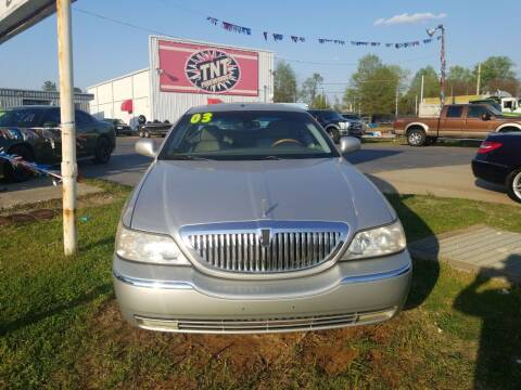 2003 Lincoln Town Car for sale at AUTOPLEX 528 LLC in Huntsville AL