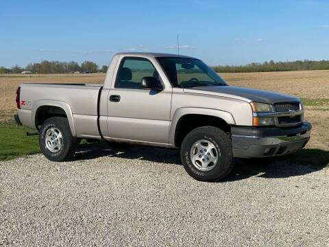 2004 Chevrolet Silverado 1500 for sale at CMC AUTOMOTIVE in Roann IN