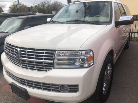 2007 Lincoln Navigator L for sale at Auto Access in Irving TX