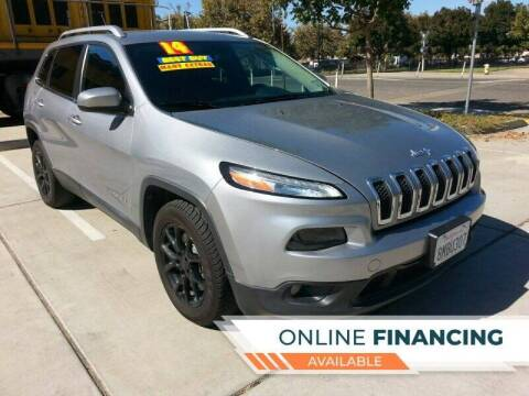 2014 Jeep Cherokee for sale at Super Cars Sales Inc #1 - Super Auto Sales Inc #2 in Modesto CA