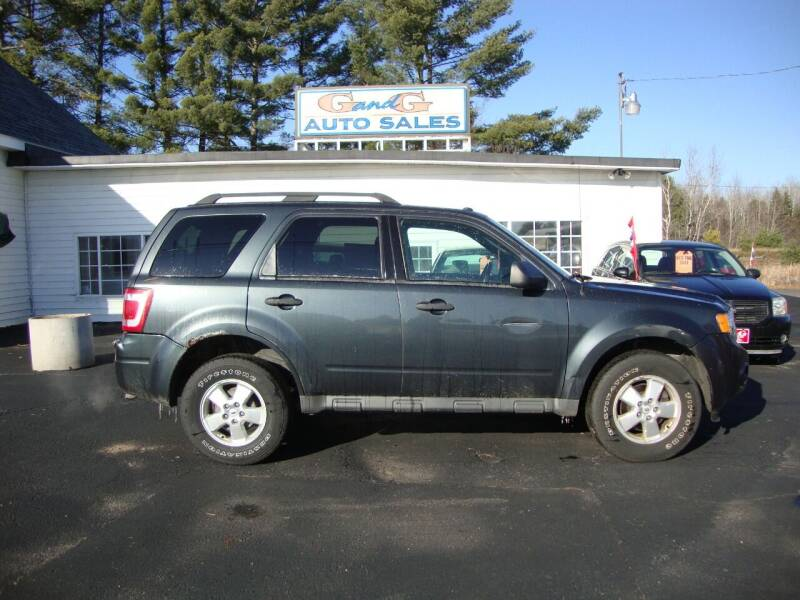 2009 Ford Escape for sale at G and G AUTO SALES in Merrill WI