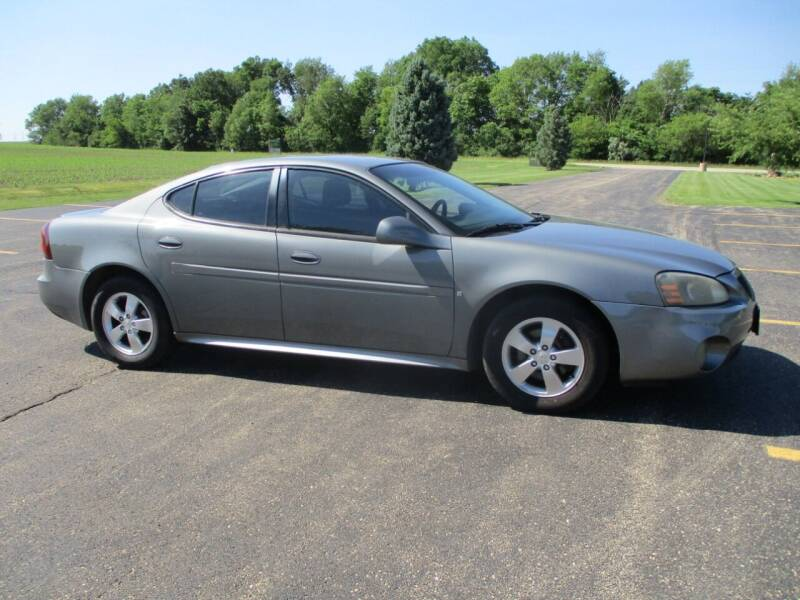2008 Pontiac Grand Prix for sale at Crossroads Used Cars Inc. in Tremont IL