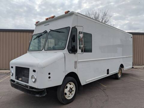 2000 Freightliner MT45 Morgan Olson P1000 for sale at Tucson Motors in Sioux Falls SD