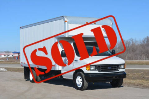 2005 Ford E-Series Chassis for sale at Signature Truck Center in Crystal Lake IL
