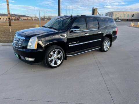 2008 Cadillac Escalade ESV for sale at BISMAN AUTOWORX INC in Bismarck ND
