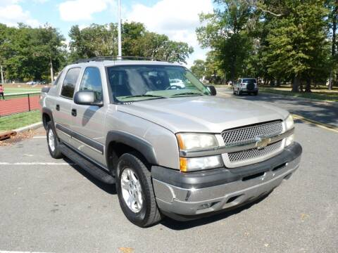 2004 Chevrolet Avalanche for sale at TJS Auto Sales Inc in Roselle NJ