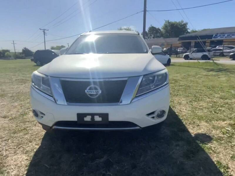 2014 Nissan Pathfinder for sale at N & A Metro Motors in Dallas TX