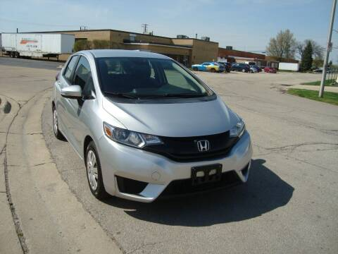 2015 Honda Fit for sale at ARIANA MOTORS INC in Addison IL