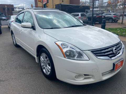 2012 Nissan Altima for sale at TOP SHELF AUTOMOTIVE in Newark NJ