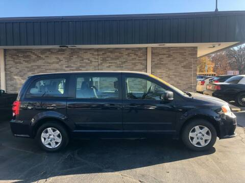 2012 Dodge Grand Caravan for sale at Arandas Auto Sales in Milwaukee WI