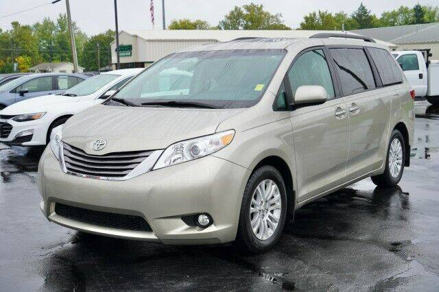 2017 Toyota Sienna for sale at Preferred Auto in Fort Wayne IN