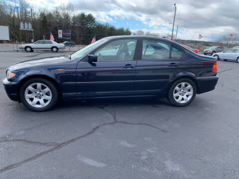 2004 BMW 3 Series for sale at Doug White's Auto Wholesale Mart in Newton NC