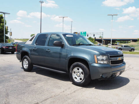 2009 Chevrolet Avalanche for sale at SIMOTES MOTORS in Minooka IL