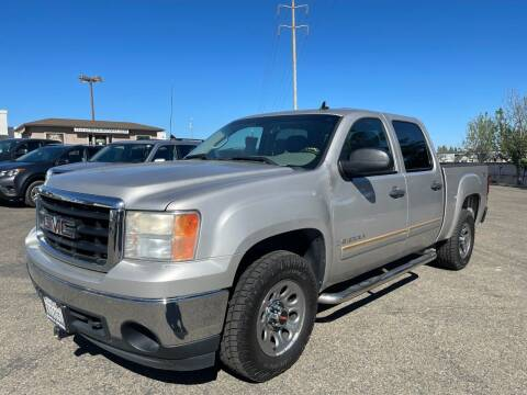 2008 GMC Sierra 1500 for sale at Deruelle's Auto Sales in Shingle Springs CA