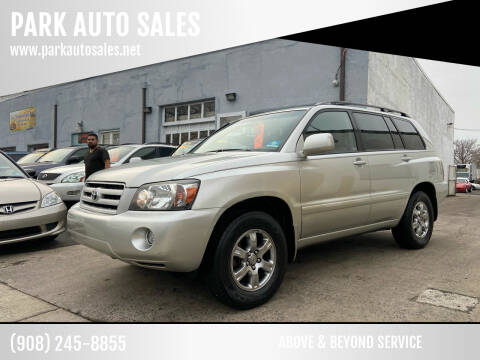 2004 Toyota Highlander for sale at PARK AUTO SALES in Roselle NJ