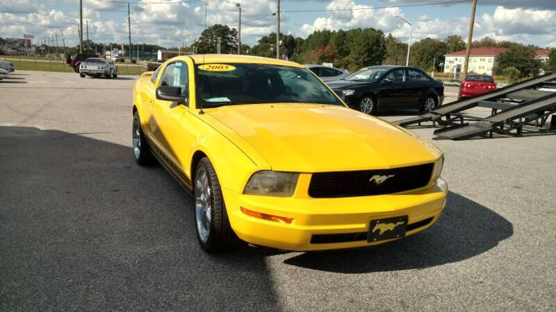2005 Ford Mustang for sale at Kelly & Kelly Supermarket of Cars in Fayetteville NC