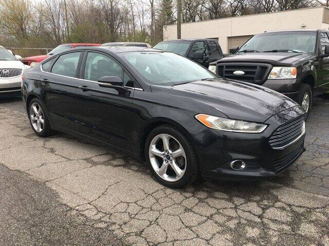 2013 Ford Fusion for sale at Paramount Motors in Taylor MI