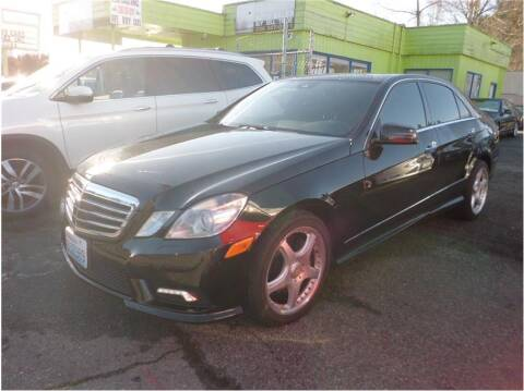 2011 Mercedes-Benz E-Class for sale at Klean Carz in Seattle WA
