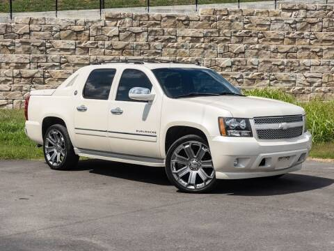 2013 Chevrolet Avalanche for sale at Car Hunters LLC in Mount Juliet TN